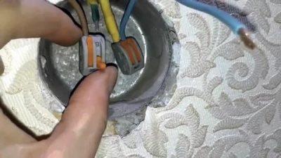Как удлинить провод в розетке из стены?